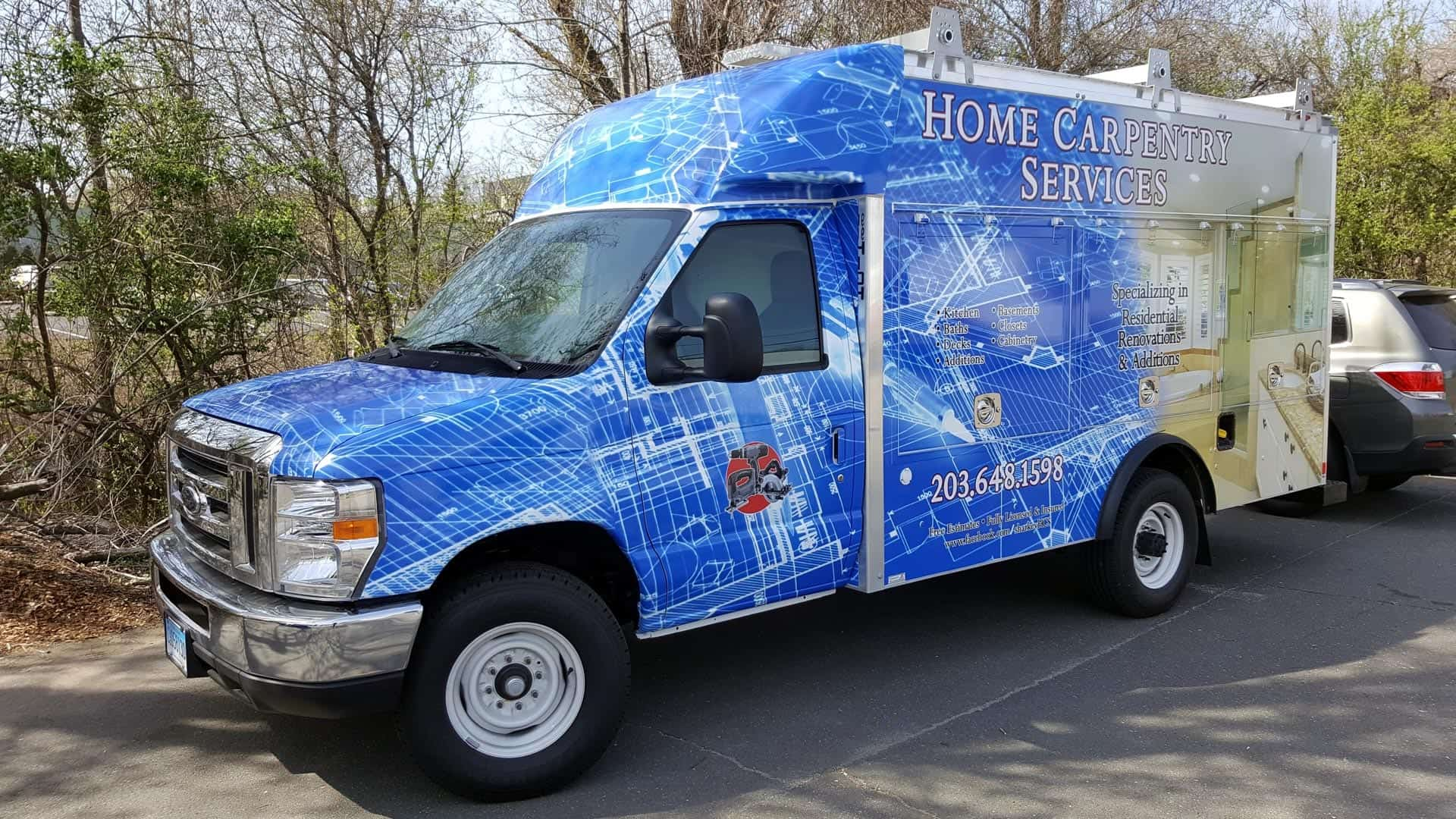 Utility truck with a full wrap