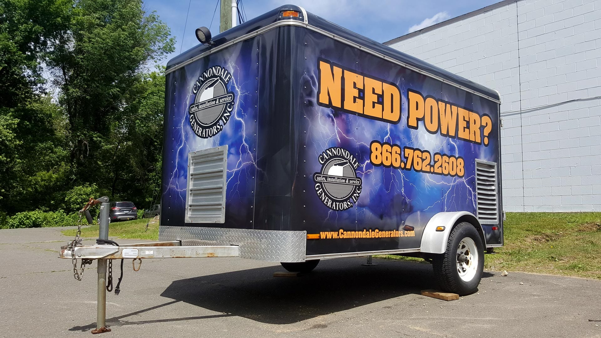 Trailer with a full wrap for Cannondale Generators