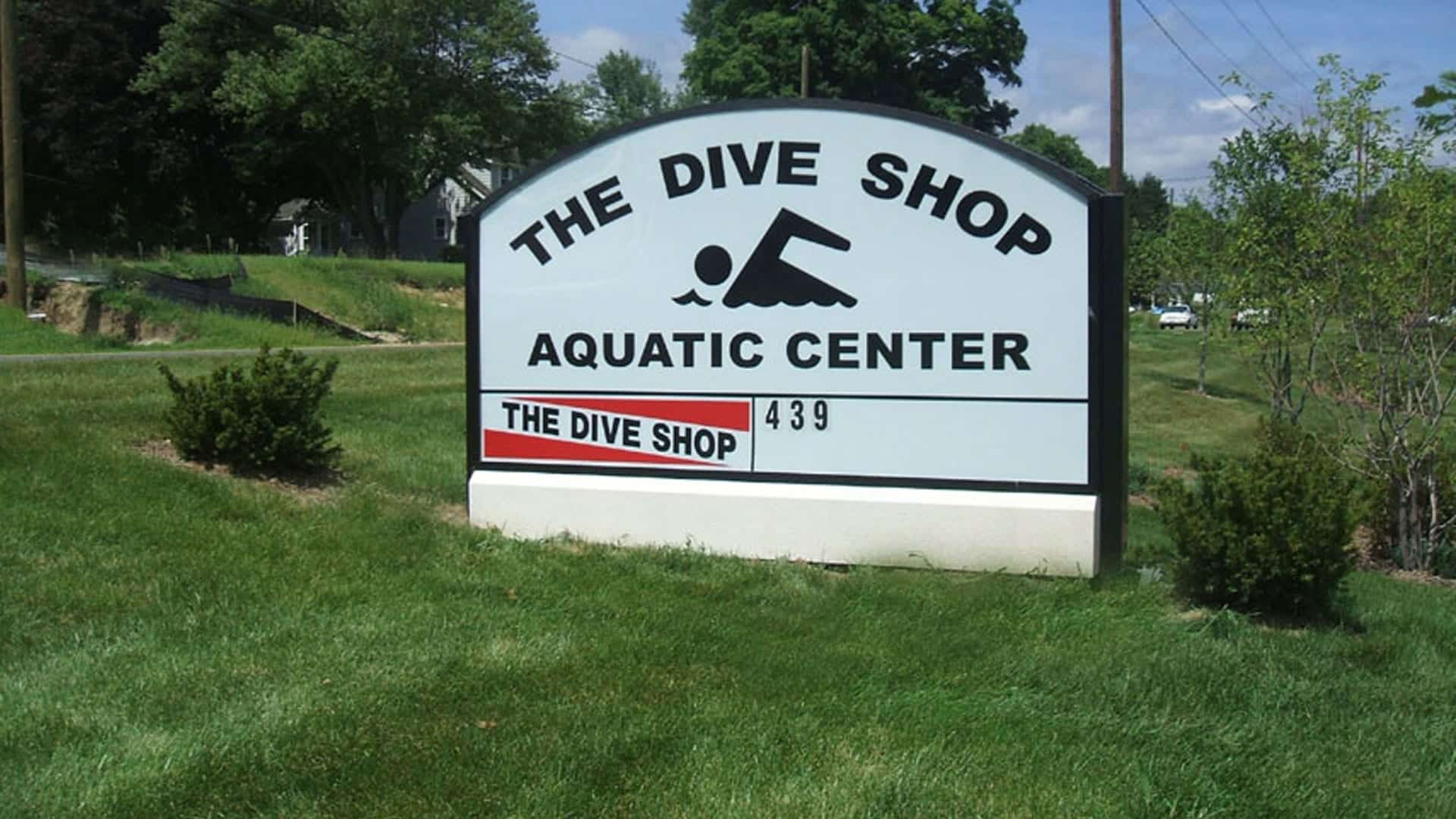 The Dive Shop - Exterior Lighted Cabinet Sign